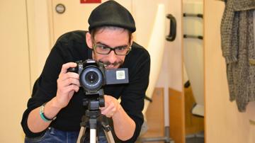 Bernd Holzgethan vor der Kamera
